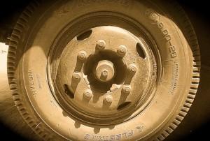 bus wheel2